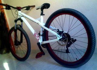 Bici mondraker modelo play 3
