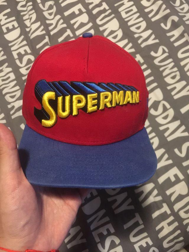 Gorra New Era DC Comics Superman de segunda mano por 10 € en Rivas ... 97e9d91b6d2