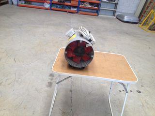 Extractor y manguera para ventilación espacios