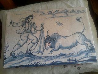 Azulejo realizado sobre baldosa de barro antigua