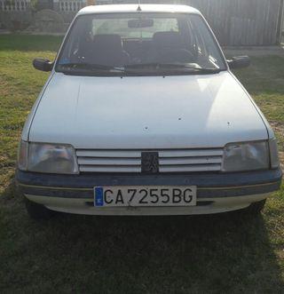 Peugeot 205 0