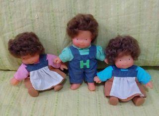 muñecas las tres besonas