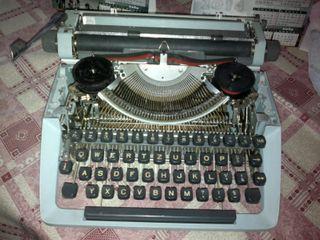 Máquina Escribir FACIT - TP2