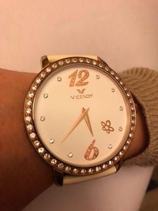 6cd4e47479c4 Reloj de oro Viceroy de segunda mano en Madrid en WALLAPOP