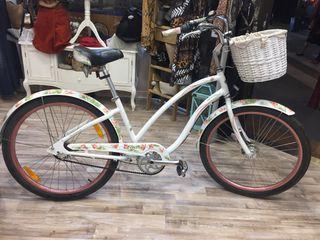 Bicicleta de paseo Electra butterfly