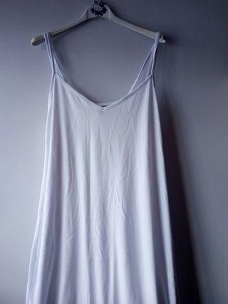 Vestido blanco largo. T44