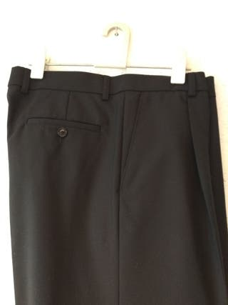 df4f2d7cbdec Pantalones de vestir de segunda mano en San Bizenti-Barakaldo en ...