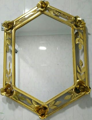 Espejo de pared de segunda mano en wallapop for Espejos segunda mano barcelona