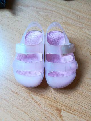 Mano 19 Chanclas Zapatos Por Igor Número Piscina Niña De Segunda jLcA3R54q