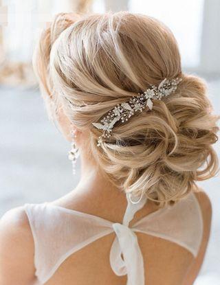 Preciosa tiara de novia hecha a mano por encargo