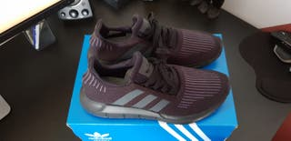 Zapatillas Adidas Swift Run 42 2/3