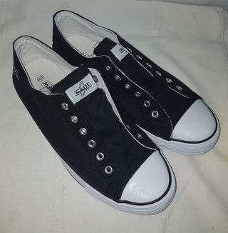 Zapatillas perfectas,t.42.