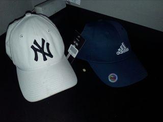 Gorras Adidas y New Yorker