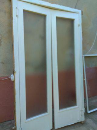 puertas exteriores y interiores