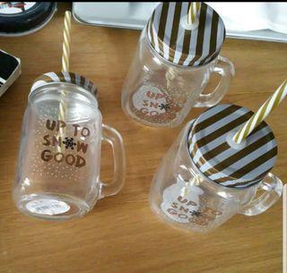 Brand new Xmas mason jars with straws