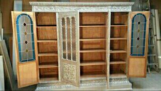 libreria clasica de roble tallado