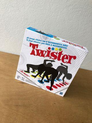 Twister, Enredos Nuevo.