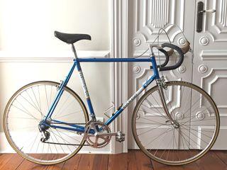 Bicicleta urbana carretera clásica T 57/58