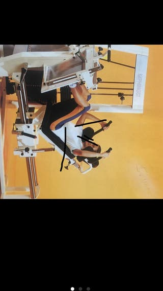 Maquinaria fisioterapia entrenamiento gimnasio