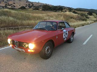 Alfa Romeo 2000 Gt Bertone 1974