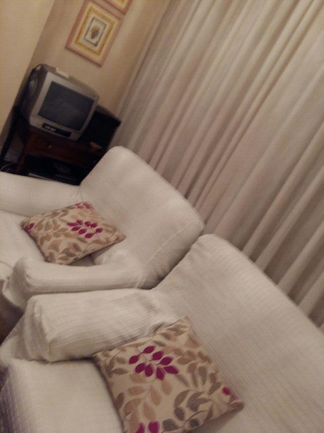 Sofa de 3 plazas y 2 sillones