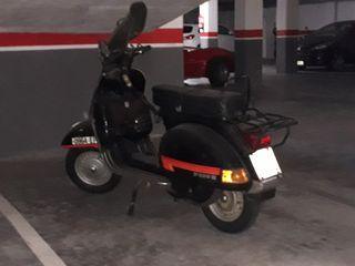 Vespa 200E