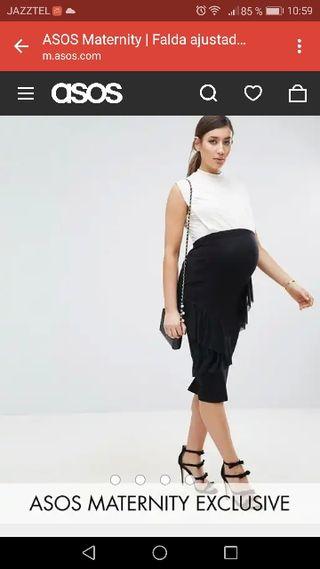 1c3ee7f0d Falda negra elástica de segunda mano en Pinto en WALLAPOP