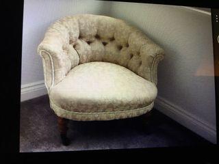Tub Chair Button Back.
