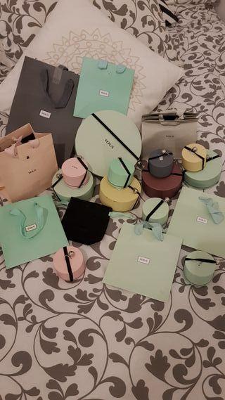 cajas y bolsas tous