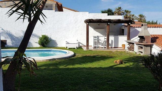 Villa en alquiler en Estepona Oeste - Valle Romano - Bahía Dorada en Estepona (Buenas Noches, Málaga)