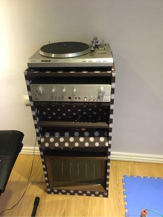 Equipo de musica antiguo
