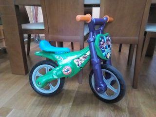 Bicicleta Moto sin pedales Feber 4+.