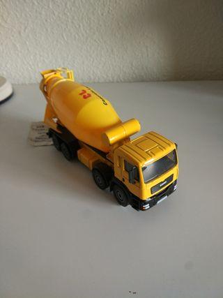 camión hormigonera kwd