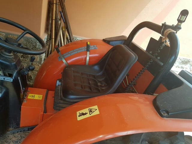TRACTOR AGRIA TROTTER 860