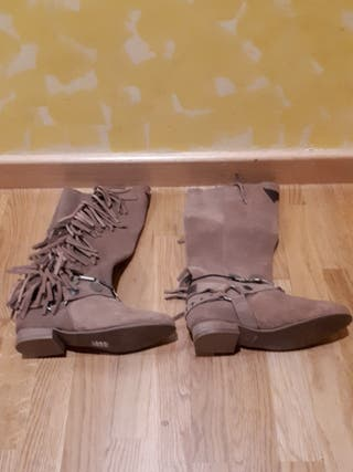 Layer boots