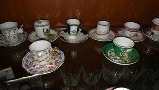Juego 21 mini tazas de porcelana