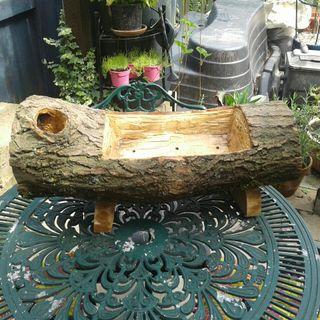 handmabe log planter