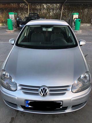 Volkswagen Golf V 2003