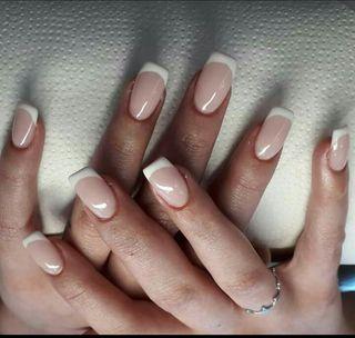 semipermanente uñas gel o acrilico