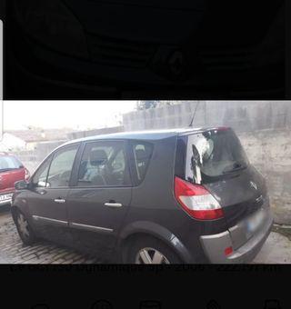 Renault Megane Escenic 2006
