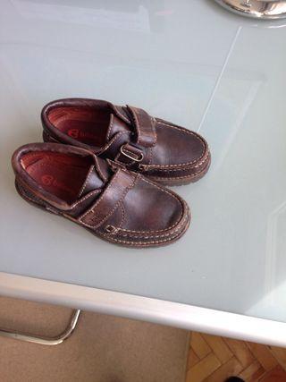 Zapato de colegio nautico talla 31