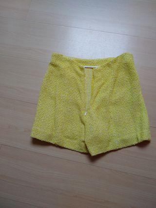 short amarillo zara