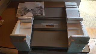 Máquina de escribir Olivetti Lettera 603