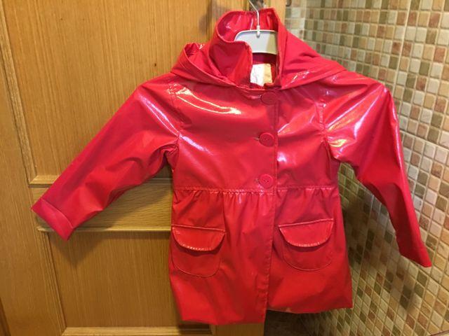 4e5f2c728 Abrigo niña 5 años de segunda mano por 5 € en Arganda del Rey en ...