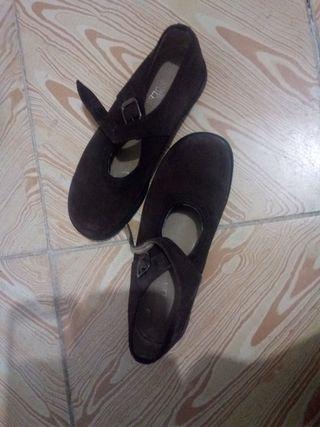 zapatos invierno