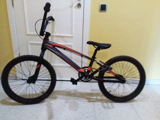 Bicicleta Monty estilo BMX