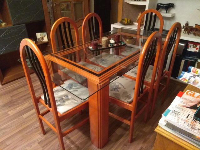 Conjunto mesa comedor y 6 sillas de segunda mano por 130 € en ...