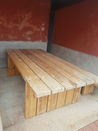 Mesa madera y banquetas