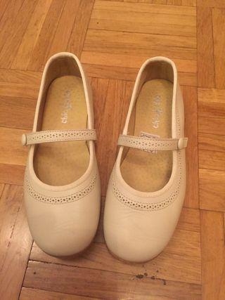 Zapatos de piel para niña de vestir
