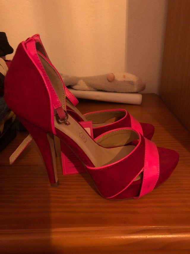 Zapatos N36 sin estrenar